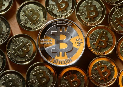 Исследование SWIFT: биткоин — спекулятивный актив, который не способен вытеснить классические валюты