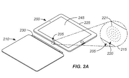 Apple запатентовала оптический разъем, который может занять место Lightning