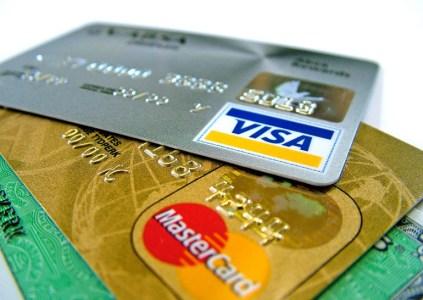 «ПриватБанк» и «Киевстар» внедрили дополнительную защиту от мошенничества, связанного с перевыпуском SIM-карт