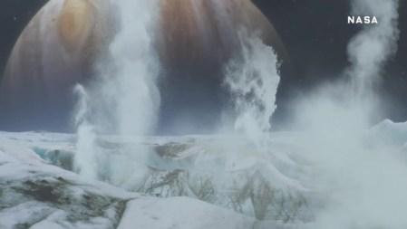NASA обнаружило новые доказательства существования гейзеров на поверхности Европы