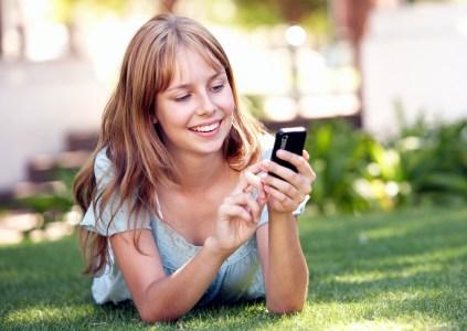 Исследование Nielsen: Больше половины украинцев не могут представить свою жизнь без мобильного устройства