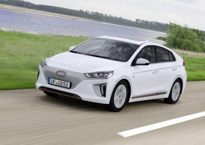 В США Hyundai Ioniq Electric назван самым экономичным среди доступных электромобилей