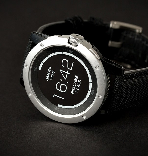 PowerWatch – умные часы, которые используют для работы тепло человеческого тела и не требуют дополнительной подзарядки