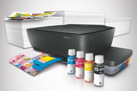 HP DeskJet серии GT: первое многофункциональное устройство с системой непрерывной подачи чернил с защитой от проливаний