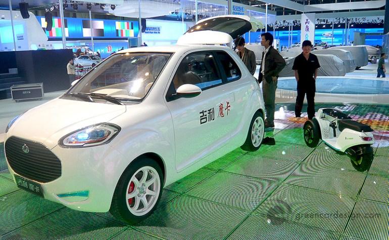 В Беларуси создали прототип собственного электромобиля и хотят выпустить первые 100 экземпляров для использования в качестве такси уже в следующем году