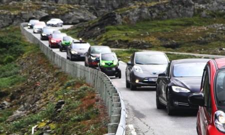 Норвегия достигла отметки в 100 тыс. электромобилей и собирается увеличить их количество в 4 раза к 2020 году