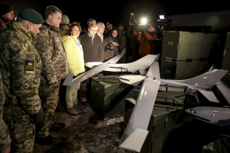 """""""Укроборонпром"""" запевняє, що готовий повністю закрити потреби Збройних Сил України вітчизняними мінібезпілотниками, що втричі дешевші за імпортні аналоги"""