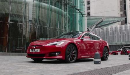 Все включено: Tesla хочет заложить страховку и техническое обслуживание в стоимость электрокаров