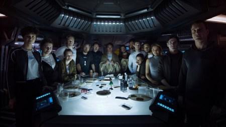 Ридли Скотт опубликовал трейлер-пролог к фильму «Чужой: Завет» / Alien: Covenant, в котором знакомит зрителей с экипажем звездолета