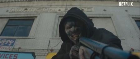 Полицейский Уилл Смит с огромным мечом и орк с дробовиком: вышел первый трейлер фантастического фильма «Яркость» от Netflix