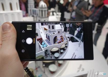 MWC 2017: OPPO и настоящий зум, QWERTY-смартфон и новый флагман MediaTek