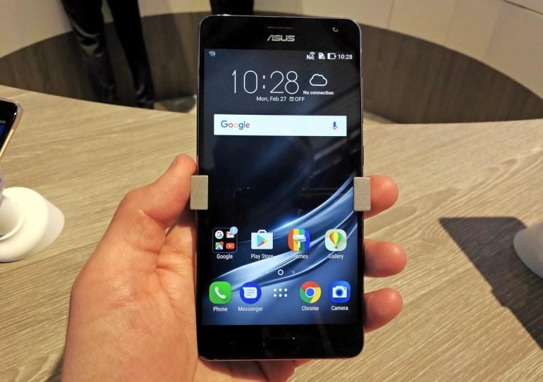 Первый взгляд на смартфон ASUS Zenfone AR