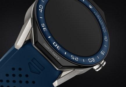Tag Heuer и Intel создали модульные умные часы на Android Wear 2.0 за $1600