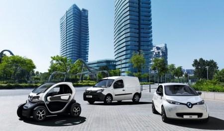 «Renault Украина» начнет продавать электромобили в октябре 2017 года, а в апреле отправит Renault ZOE в тур по городам Украины для оценки готовности инфраструктуры