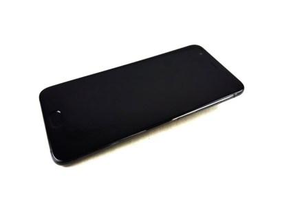 Изображения смартфона Xiaomi Mi 6 говорят о наличии двойной камеры и порта USB Type-C, но отсутствии разъема для наушников
