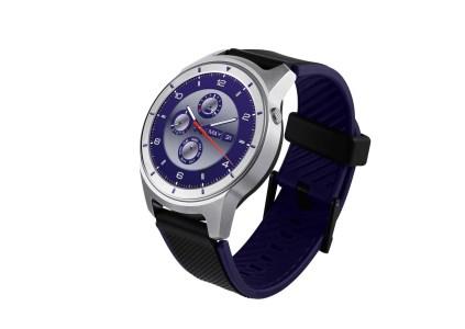 ZTE анонсировала свои первые умные часы на базе Android Wear по цене $200