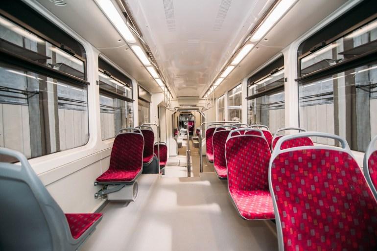 """Украинская компания """"Татра-Юг"""" представила современный трамвай К-1М6 с низким уровнем пола, кондиционером и Wi-Fi"""