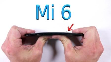 Смартфон Xiaomi Mi 6 с честью выдержал испытания из серии «поцарапать, поджечь и согнуть»