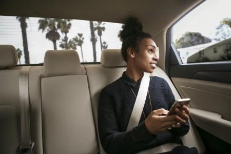 «Вещи, кошельки и телефоны во время праздников»: Uber опубликовал «рейтинг забывчивости» украинских пользователей