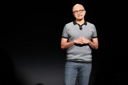 Сатья Наделла снова говорит о революционных будущих смартфонах Microsoft, которые будут не такими, как современные модели