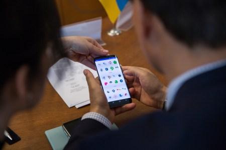 Samsung научил украинских школьников программировать для Android и продолжит делать это в 2017-2019 учебных годах