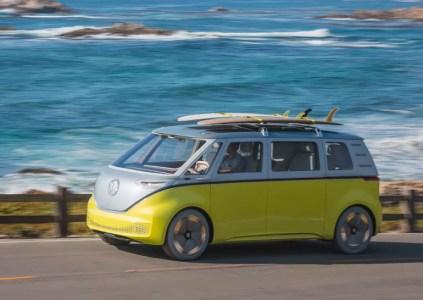 Электрическую версию минивэна Volkswagen Microbus (I.D. Buzz) планируется вывести на рынок к 2022 году