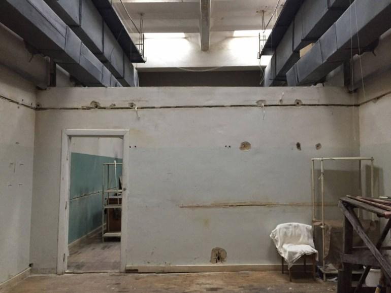 Украинская IT-компания ЛУН.ua помогла переделать старую лабораторию Факультета радиофизики КНУ в бесплатный коворкинг для студентов