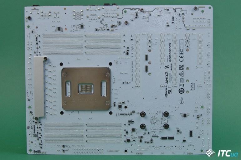 Обзор материнской платы MSI X299 TOMAHAWK ARCTIC