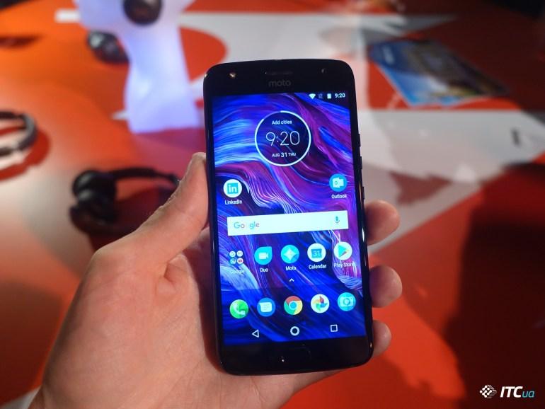 Первый взгляд на Moto X4: долгожданный «мото»? [IFA 2017]