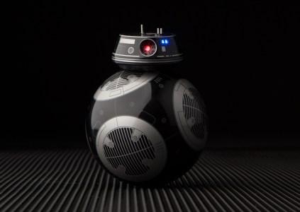 «Злая версия BB-8»: Lucasfilm и Sphero представили дроида-астромеханика BB-9E, который появится в фильме «Звёздные войны: Последние джедаи»