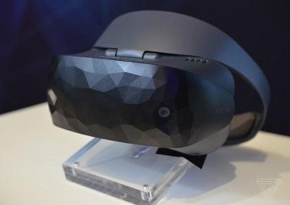 ASUS представила собственную гарнитуру смешанной реальности для платформы Windows Mixed Reality по цене €449