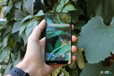 Спустя два месяца после начала продаж смартфон Essential Phone (PH-1) подешевел на целых $200