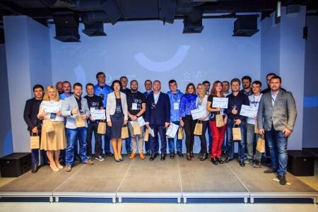В финале «Телеком-акселератора 2.0 Radar Tech» выбрали пять лучших стартапов, которые будут запущены совместно с «Киевстар»: mBill, WInfoSpot, Simo AR, HexWix, UnexploredCity