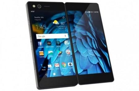 Представлен смартфон ZTE Axon M: складная конструкция, два соединенных петлями экрана диагональю 5,2 дюйма каждый и масса 230 г