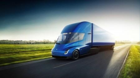 Tesla объявила цены на электрический грузовик Tesla Semi: $150 тыс. за версию с запасом хода 480 км, $180 тыс. — за 800 км и $200 тыс. за лимитированную Founders Series