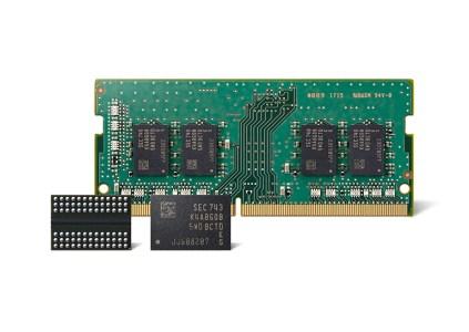 Samsung начала массовое производство улучшенных чипов DDR4 DRAM по нормам техпроцесса 10-нм класса второго поколения