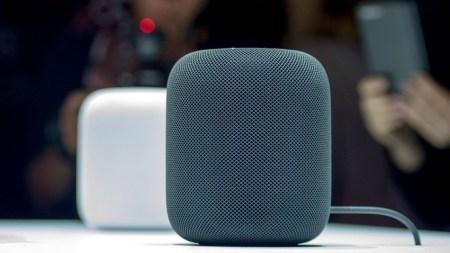 Владельцы Apple HomePod пожаловались, что колонка оставляет следы на деревянной мебели. Apple сказала, что так должно быть