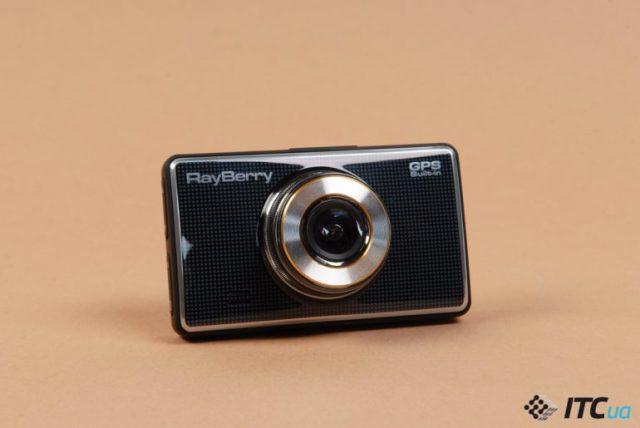 Обзор видеорегистраторов RayBerry D3 и RayBerry D4 GPS - ITC.ua