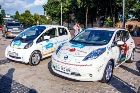 В минувшем месяце в Украину было ввезено в шесть раз больше электромобилей, чем годом ранее