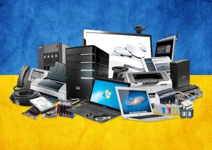 GfK Ukraine: С 2011 по 2017 год расходы украинцев на мобильную технику выросли в гривне (с 14 до 30 млрд грн) и упали в долларах (с $1,6 млрд до $1,2 млрд), при этом самой техники стали покупать меньше
