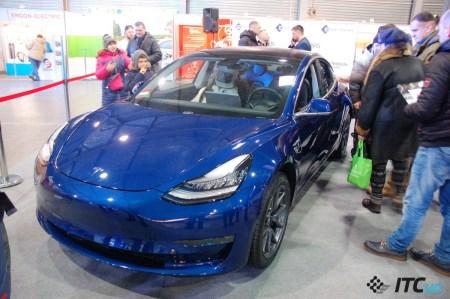 Две выставки электротранспорта: конкуренция площадок и Tesla Model 3 за $79 тыс.