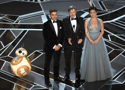 """«Лучший ведущий на """"Оскаре""""»: Дроид BB-8 из «Звездных войн», говорящий «на идише»"""