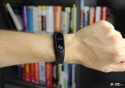 Фитнес-браслет Xiaomi Mi Band 3 обзаведется сенсорным экраном и будет поддерживать жестовое управление