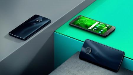 Смартфоны Moto G6, G6 Plus и G6 Play представлены официально, вся тройка получила экраны 18:9, процессоры Snapdragon и ценники от $199