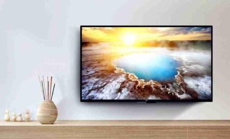 Xiaomi снизила цены на всю линейку умных телевизоров Mi TV 4A (скидки достигают $160), а также на ноутбуки Mi Notebook