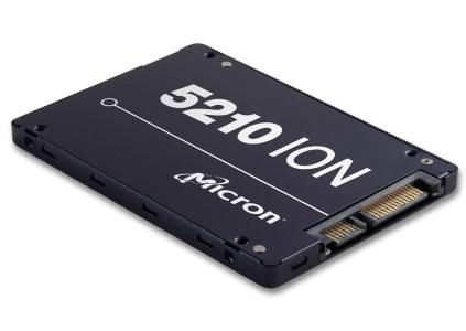 Micron начала поставки первых в отрасли SSD на базе памяти QLC NAND