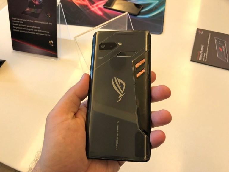 Задняя часть ASUS ROG Phone