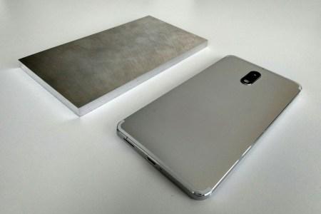 Как выглядели прототипы Nokia 1, 6, 8 Sirocco и 8110 4G («банан») до того, как смартфоны были представлены
