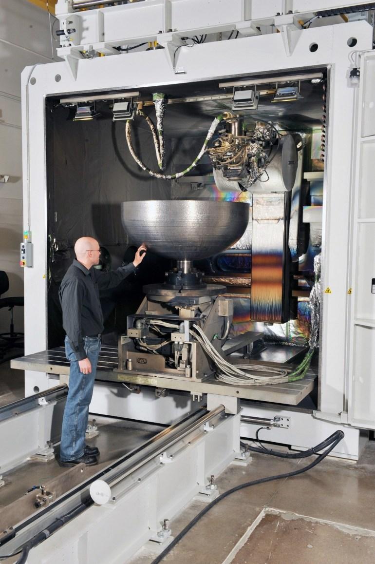 Lockheed Martin распечатала на 3D-принтере титановую деталь для спутника диаметром целых 1,16 м