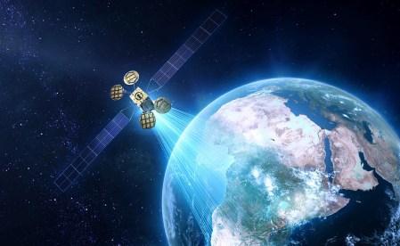 Официально: Facebook создает собственный интернет-спутник Athena